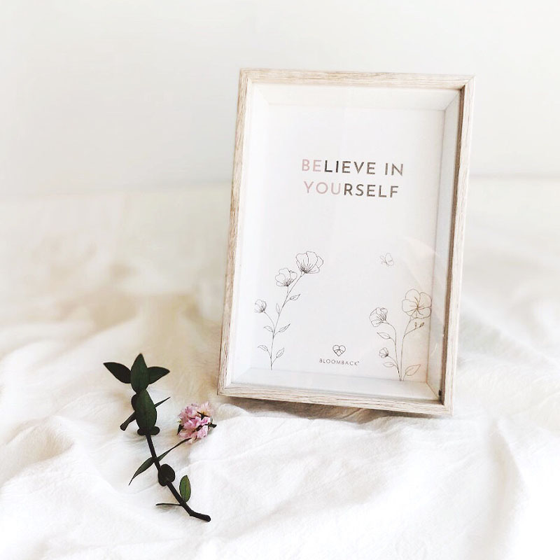 """""""Believe in yourself"""" card in wooden frame"""