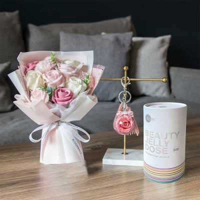 Beauty In Bloom Gift Set